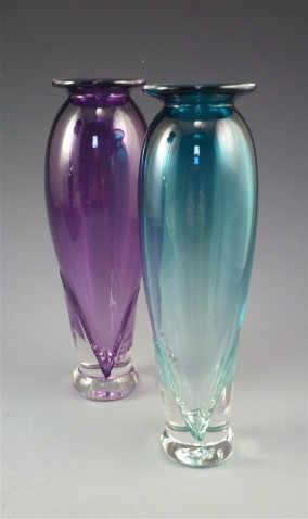 Phillip Nolle/bud vase/hand blown glassy